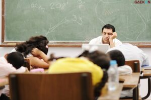 Siswa SMP Di Sulsel Mendadak Pingsan, Diduga Kelelahan Mendengar Ceramah Berjam-Jam