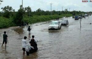 Palangka Raya Terendam Banjir, Jalan Trans Kalimantan Mendadak Lumpuh Total