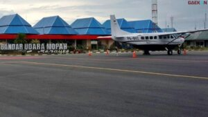 Tandatangani Prasasti, Jokowi Resmikan Terminal Baru Bandara Mopah Merauke